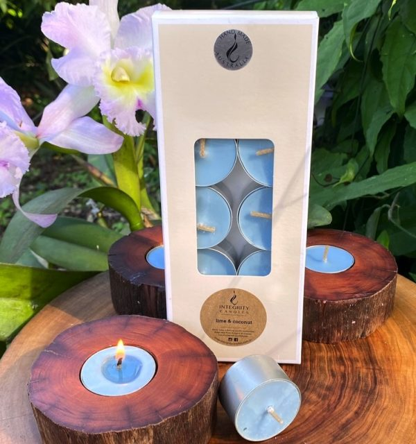 Lime and Coconut scented tea-light cups burn brightly for eight hours each. Presented in a 10 pack windowed gift-box.