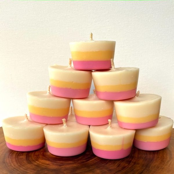 Ten Frangipani & Ylang Ylang pure soy Votives burn brightly for a total of 80 hours with a delightfully playful and sweet aroma.