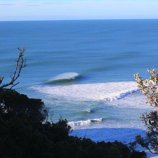 Blue on blue - Byron horizon. Photo by Frank Gumley