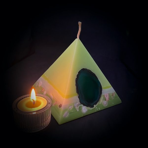 Our Lime, Lemongrass and Cedarwood smallest pyramid has a burn time over 90 hours.