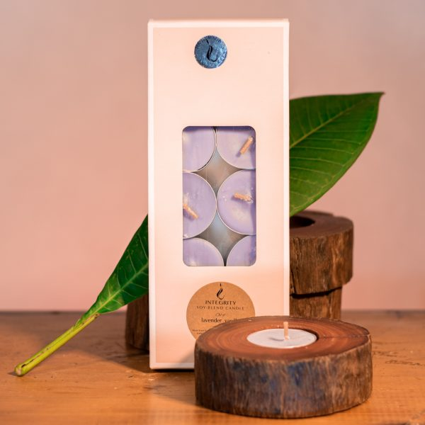 Ten scented tea-light cups burn brightly for 8 hours each and are presented in a windowed gift-box.