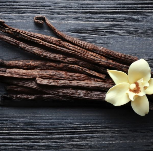 Vanilla adds notes of sweet, cozy and comforting fragrance to any combination of essential oils. It has a wide range of therapeutic properties, including mood enhancement and sensual arousal. Interestingly, recent studies have identified cancer killing potential.