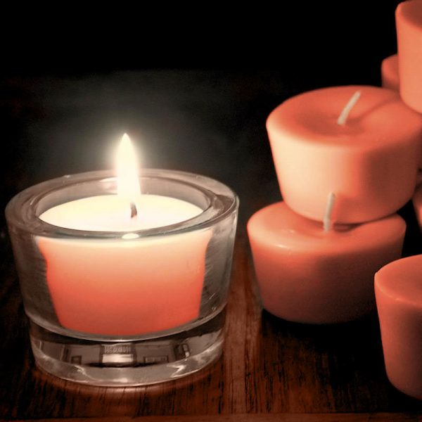 Beautiful as a stand-alone candle, our votives burn brightly with a tall flame. Recommended to illuminate your small and large coloured lanterns.